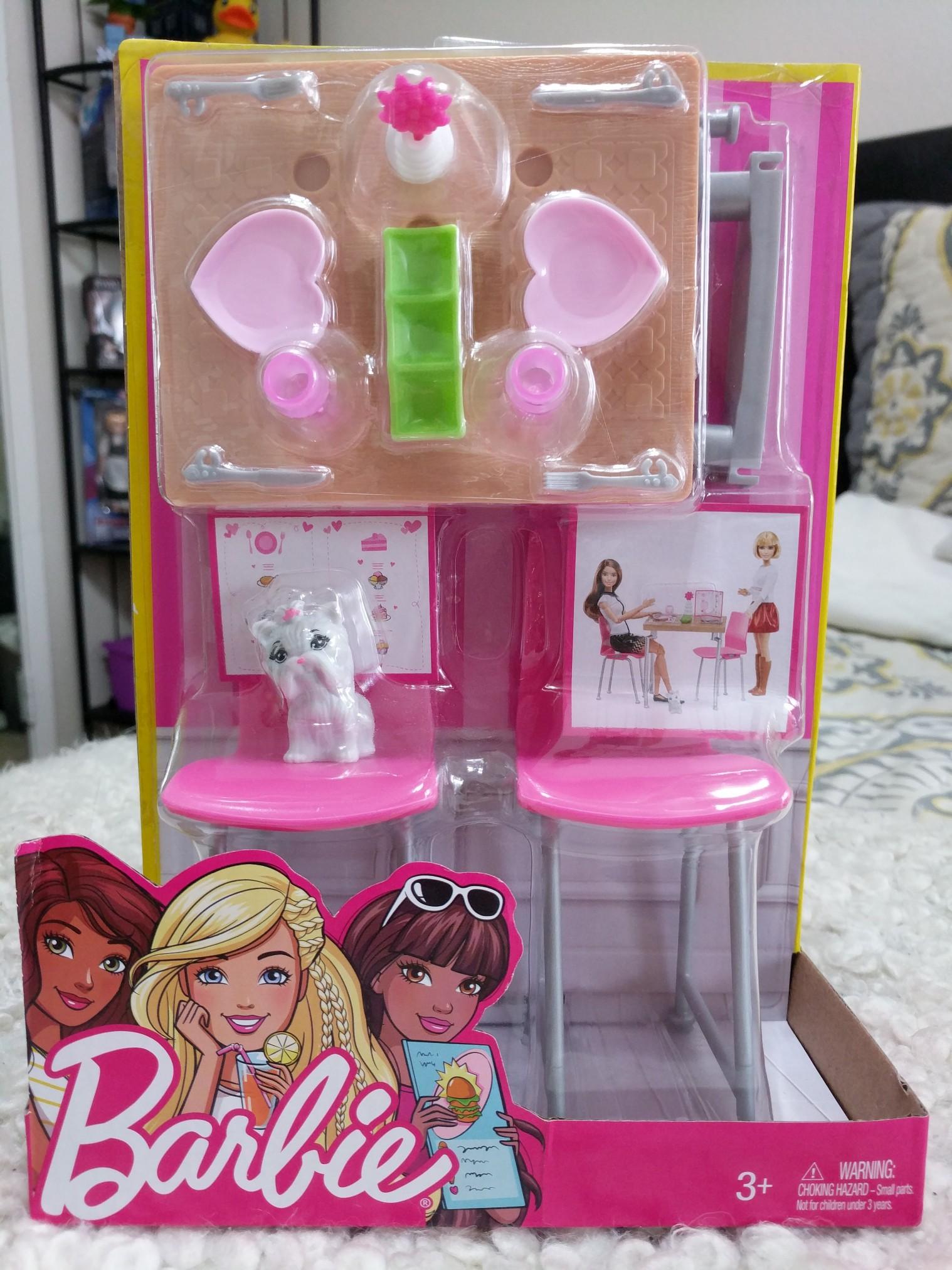 Muebles para Barbie: comedor y accesorios – Dollicius